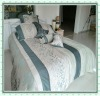 Luxury embroidery and jacquard comforter bedding set