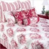 Rizzy Home Roselyn Bedding Set in Red / White Size: King